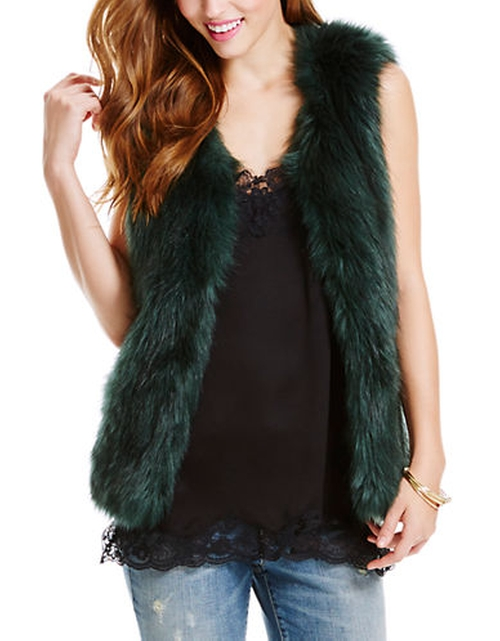 Faux Fur Vest by Jessica Simpson in Scream Queens - Season 1 Episode 3