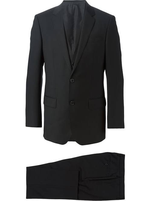 Three-Piece Suit by Boss Hugo Boss in The Vampire Diaries - Season 7 Episode 6