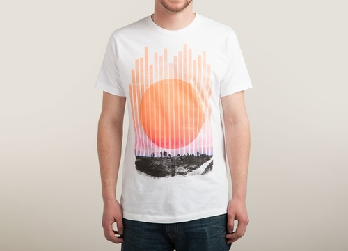 Summer Night Tee Sirt by Threadless in The Flash - Season 2 Episode 7