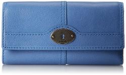 Marlow Flap Clutch by Fossil in Hall Pass