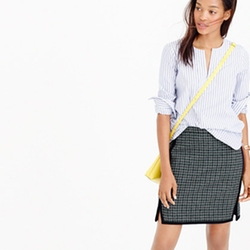 Double-Notch Mini Skirt In Houndstooth by J.Crew in Scream Queens