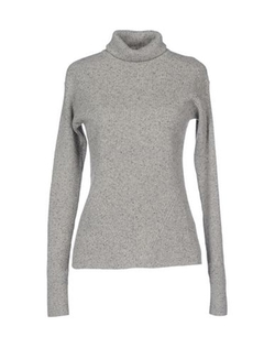 Turtleneck Lightweight Sweater by See By Chloé in The Bourne Ultimatum