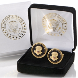 Presidential Eagle Seal Cufflinks by The White House Gift Shop in House of Cards