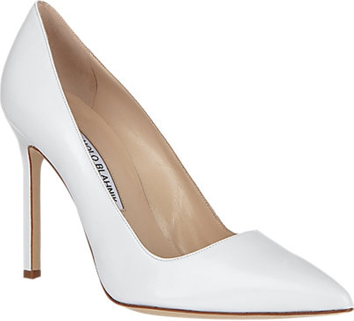BB Pumps by Manolo Blahnik in Scream Queens - Season 1 Episode 1