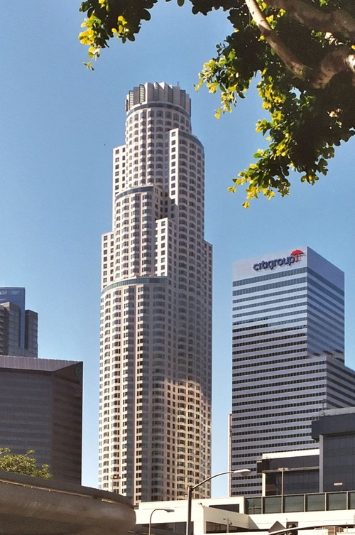 U.S. Bank Tower Los Angeles, California in Keeping Up With The Kardashians - Season 11 Episode 8 - The Big Launch