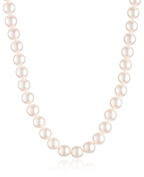 Natural Color Akoya White Pearl Necklace by TARA Pearls in That Awkward Moment