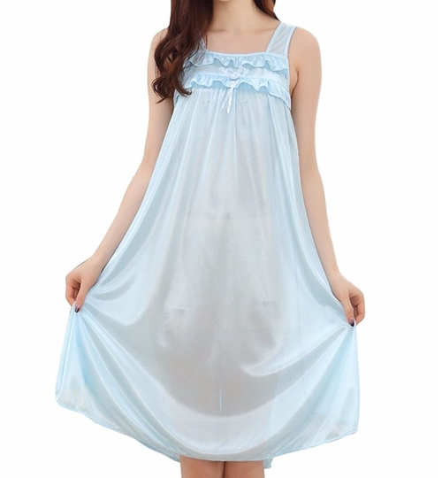 Silky Ruffle Nightgown by Columbustore in Unbreakable Kimmy Schmidt - Season 2 Episode 8