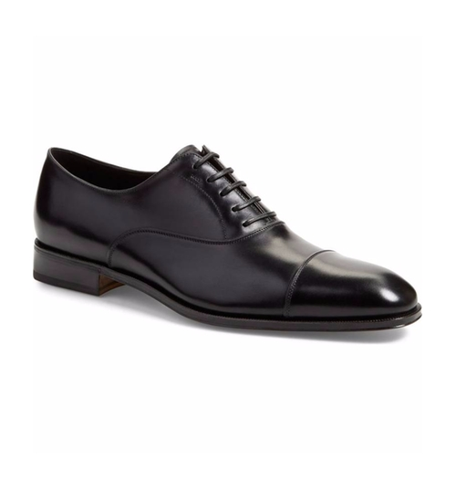 'Luce' Cap Toe Oxford Shoes by Salvatore Ferragamo in Suits - Season 5 Episode 11
