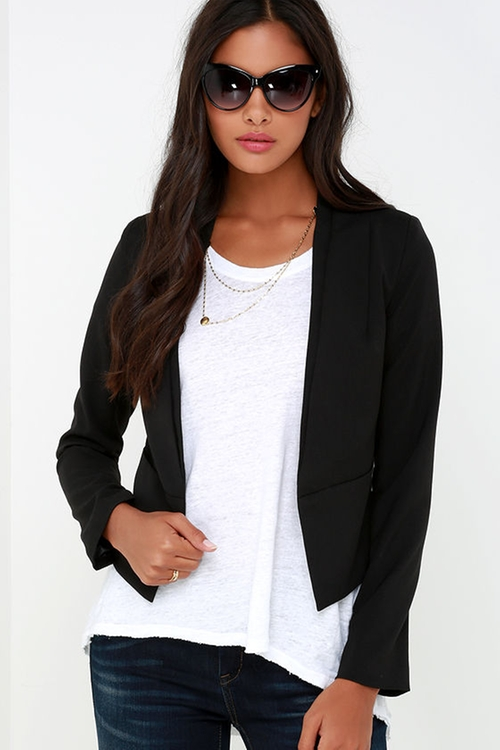 Business Trip Black Cropped Blazer by Lulu's in The Vampire Diaries - Season 7 Episode 2