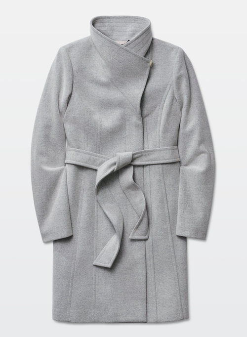 Babaton Cristobal Coat by Aritzia in Arrow - Season 4 Episode 15