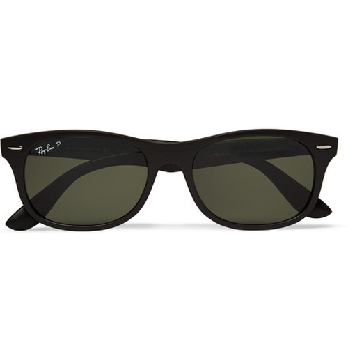 Wayfarer Folding Acetate Sunglasses by Ray-Ban in Mission: Impossible - Ghost Protocol