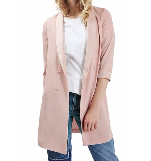 Slouchy Longline Blazer by Topshop in Scream Queens