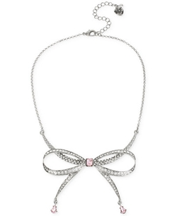Silver-Tone Crystal Bow Collar Necklace by Betsey Johnson in Unbreakable Kimmy Schmidt