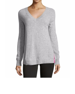 Cashmere Contrast-Piped V-Neck Sweater by Autumn Cashmere in The Good Wife