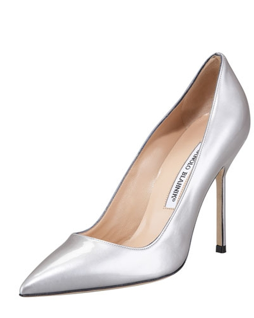 Point-Toe Metallic Patent BB Pumps by Manolo Blahnik in Scream Queens