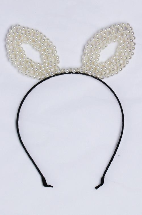 Pearl Cat Ears Headband by Parallel Kulture in Scream Queens - Season 1 Episode 7