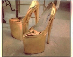 10 Inch Karat Gold Heels by Brian Atwood in Keeping Up With The Kardashians