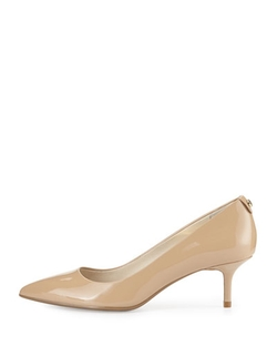 MK-Flex Patent Leather Pump by Michael Michael Kors in The Big Bang Theory