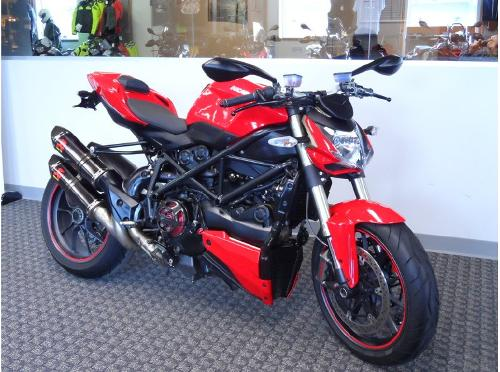 2010  Streetfighter Standard by Ducati in Inception