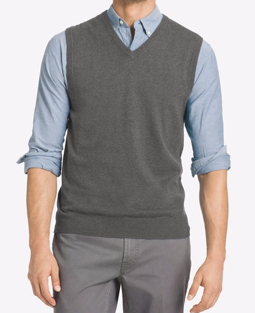Campus Sweater Vest by IZOD in The Good Place - Season 1 Episode 7