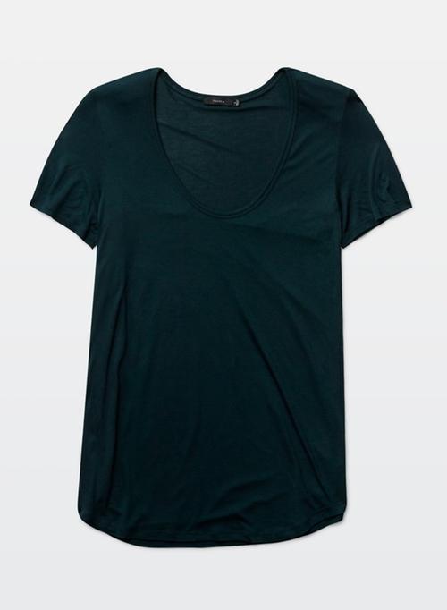 Valmere T-Shirt by Talula in Quantico - Season 1 Episode 11