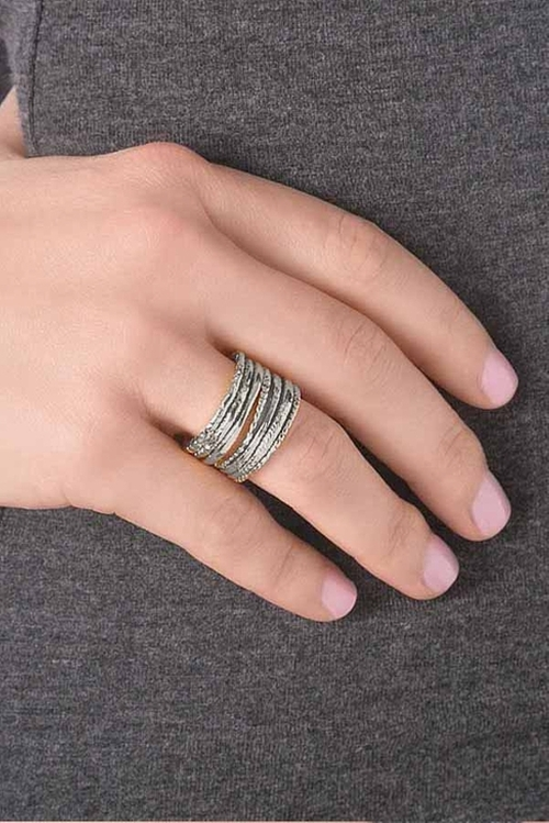 Stackable Rings by Gorjana in Scream Queens - Season 1 Episode 1