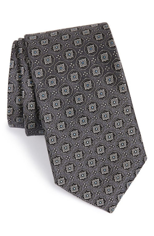 Matthews Medallion Silk Tie by John W. Nordstrom in The Blacklist
