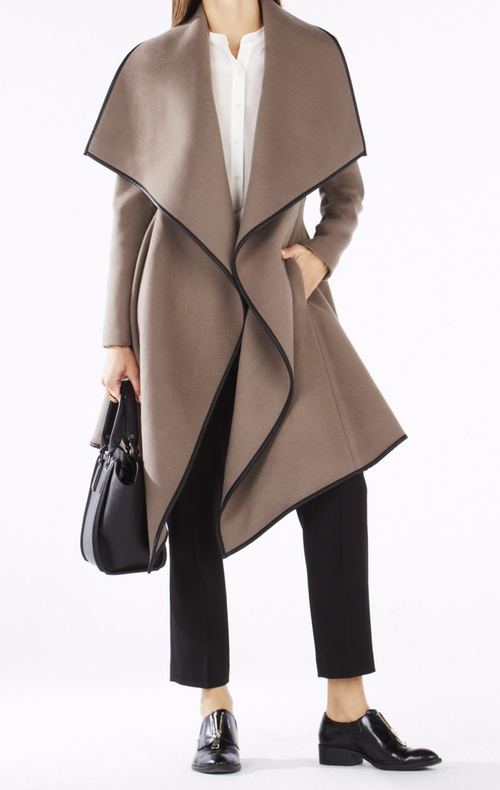 Cameron Wrapped Trench Coat by BCBGMAXAZRIA in The Good Wife - Season 7 Episode 20