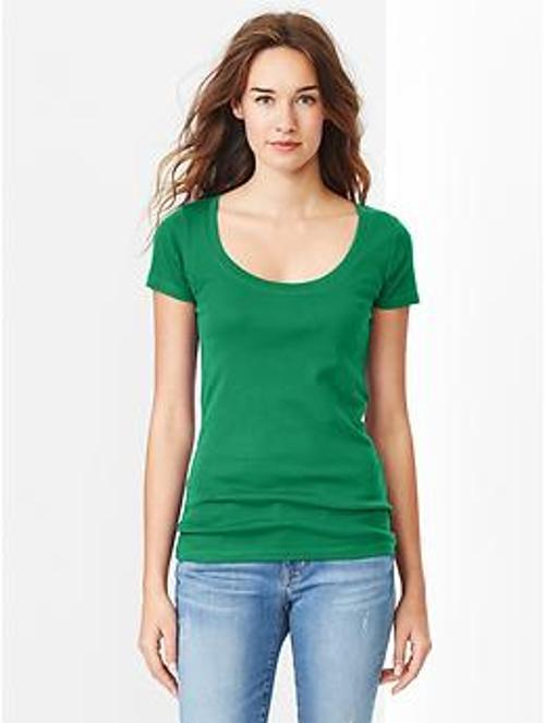 Favorite Short-Sleeve Scoop Tee by GAP in Ouija