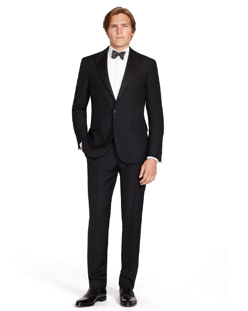 Polo Peak Lapel Tuxedo Suit by Ralph Lauren in Mission: Impossible - Rogue Nation