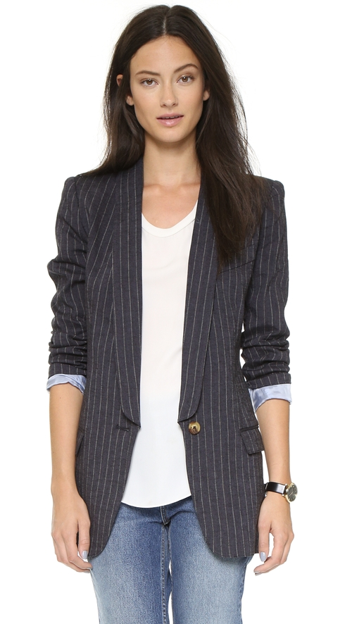 Long Shawl Boyfriend Blazer by SMYTHE in Arrow - Season 4 Episode 5