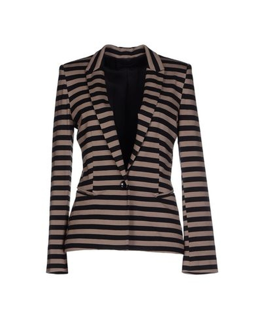 Striped Blazer by Soallure in The Good Wife