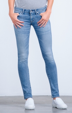 Emerson Slim Boyfriend Echo Jeans by Citizens Of Humanity in Jessica Jones