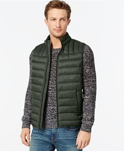 Lightweight Puffer Vest by Tommy Hilfiger in Christmas Vacation