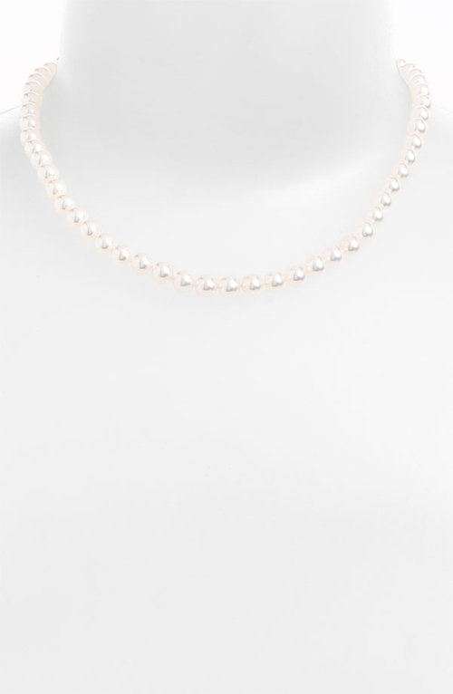 Akoya Pearl Choker Necklace by Mikimoto in How To Get Away With Murder - Season 2 Episode 5