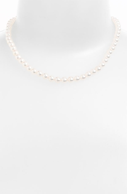 Akoya Pearl Choker Necklace by Mikimoto in How To Get Away With Murder