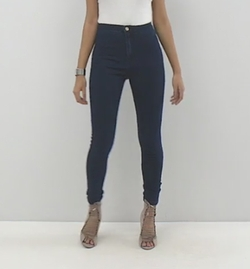 (Modified) Vice High Waisted Skinny Jeans by Missguided in Pitch Perfect 3
