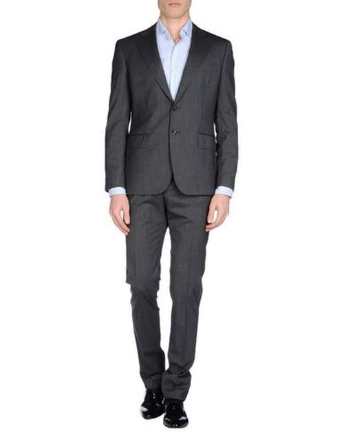 Notch Lapel Suit by Tonello in The Departed
