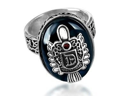 Damon Ring Damon Salvatore Crest Ring by Us Shirtanddesign in The Vampire Diaries - Season 7 Episode 8