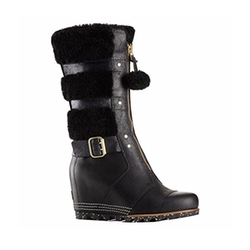 Helen Wedge Holiday Boots by Sorel in A Bad Moms Christmas