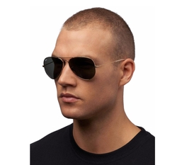Classic Aviator Sunglasses by Ray-Ban in Urge