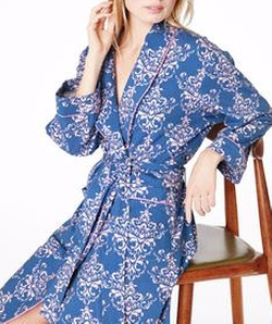 Damask Print Robe by BedHead Pajamas in Pitch Perfect 3