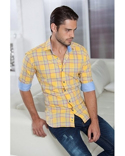Anel Plaid Shirt by Bertigo in Modern Family