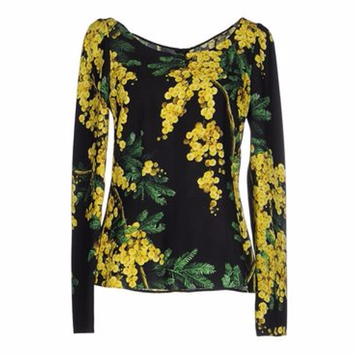 Floral Blouse by Dolce & Gabbana in Keeping Up With The Kardashians - Season 12 Episode 5