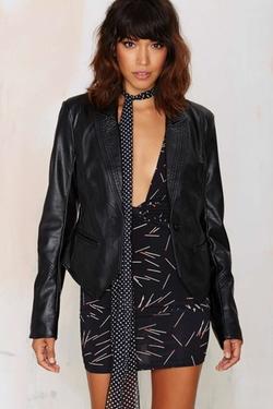 Debbie Vegan Leather Blazer by Nasty Gal in Pretty Little Liars
