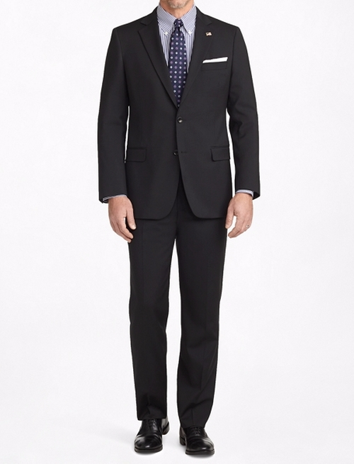 Fitzgerald Fit Two-Button 1818 Suit by Brooks Brothers in Scandal - Season 5 Episode 17