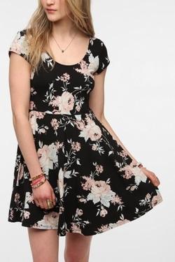 Knit Floral Skater Dress by Kimchi Blue in Nashville