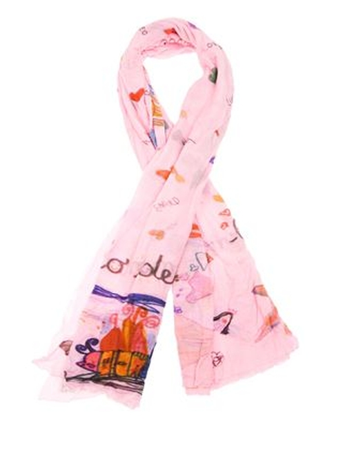 'Little D' Scarf by Faliero Sarti in Scream Queens - Season 1 Episode 3