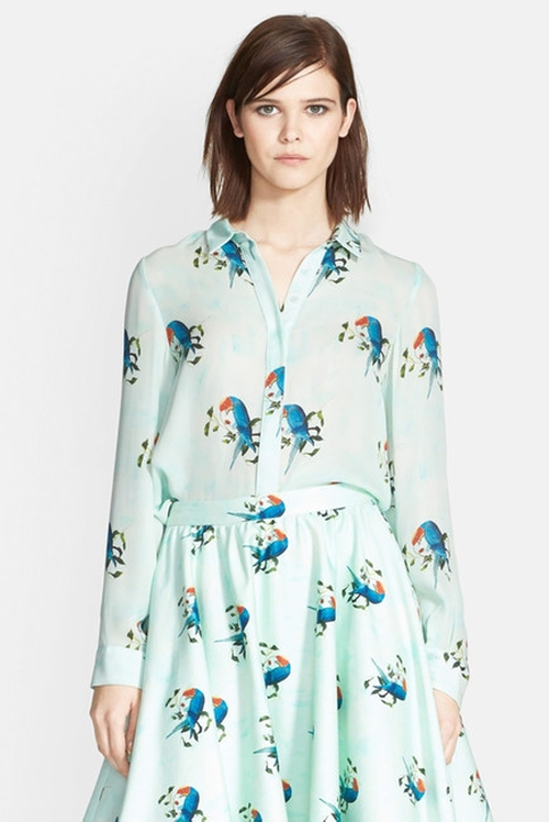 'Willa' Parrot Print Silk Shirt by Alice + Olivia in The Good Wife - Season 7 Episode 3