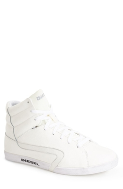 'Rikklub E-Klubb Hi' Sneaker by Diesel in Ride Along 2